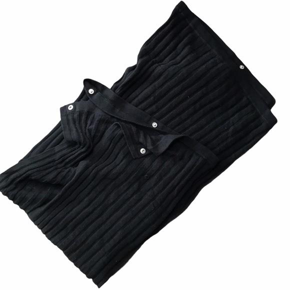 LuLuLemon Vinyasa Scarf w/ Ribbed Black Material